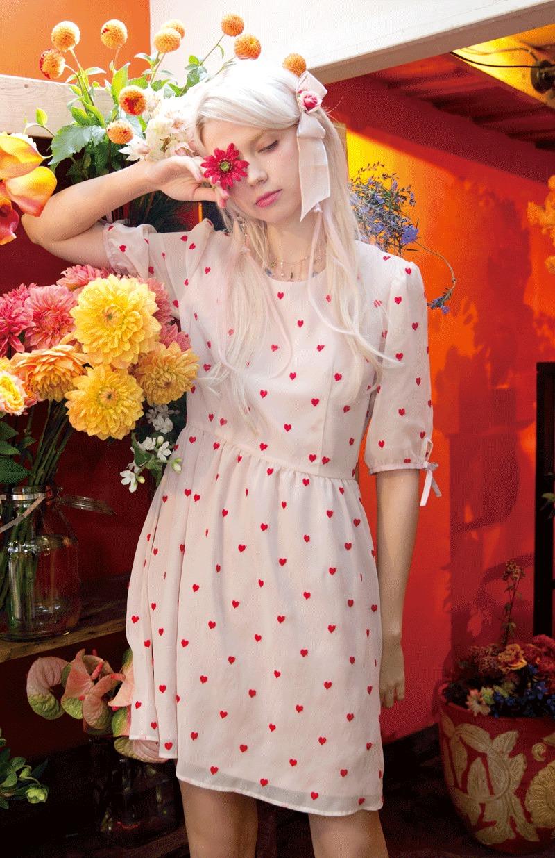 レッド リリー Dress